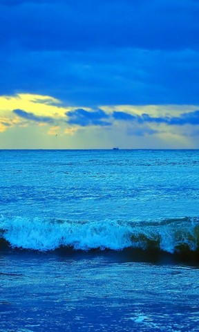 诗情画意手机壁纸 蓝天白云高清手机壁纸 好看的蓝色高清风景图 璀璨
