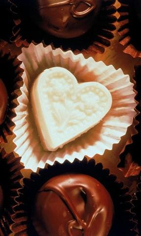 【甜蜜巧克力手机壁纸】甜蜜巧克力手机壁纸免费下载