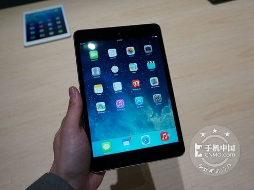 7.9英寸屏幕 32GB版iPad mini2售1850元