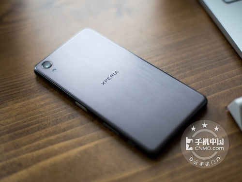 金属工业设计 索尼xperia xp价格3930元_手机行情