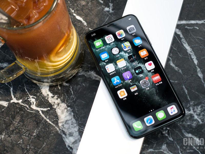 苹果iPhone11ProMax(256GB)机身细节第5张