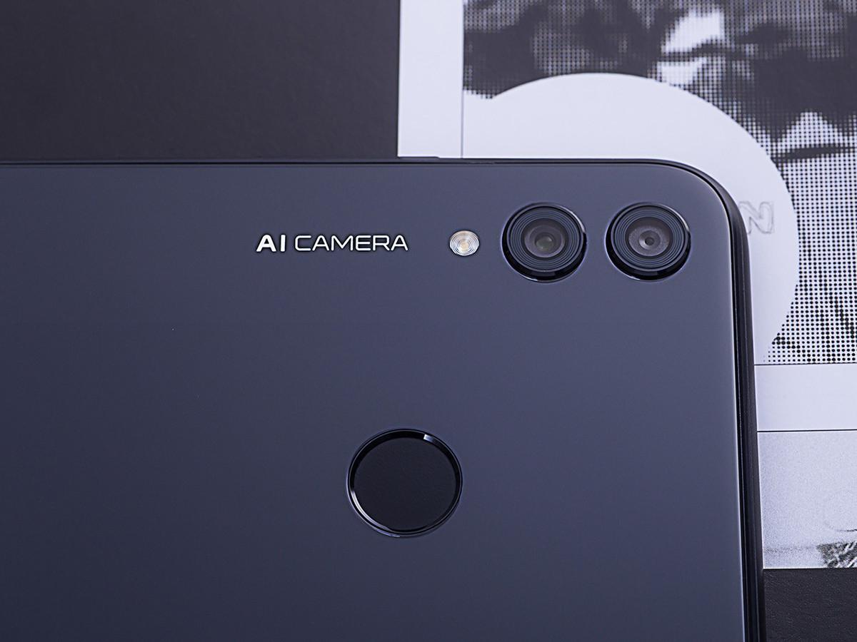 荣耀8X(6+64GB)机身细节第8张