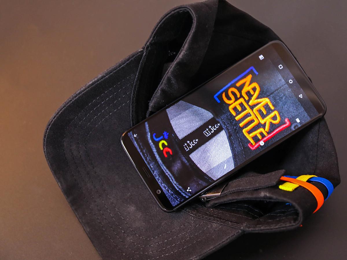 一加手机5T(64GB)整体外观第8张