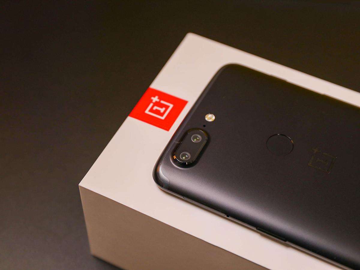 一加手机5T(128GB)机身细节第3张