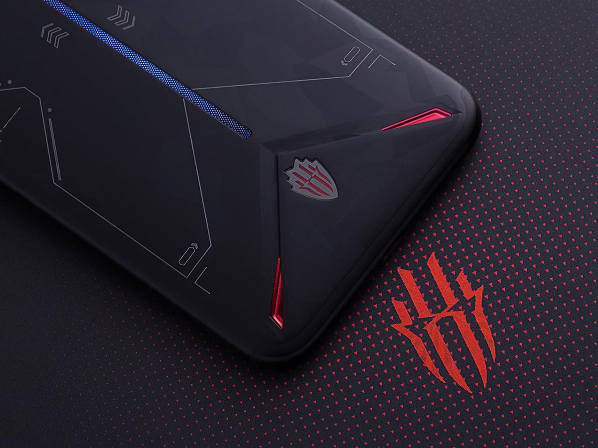 努比亚红魔3电竞手机(12+256GB)机身细节第5张
