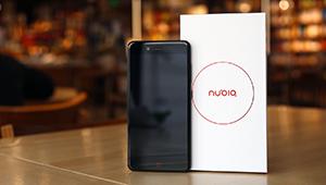 【努比亚Z17mini】努比亚Z17mini在4月6日下午正式发布,会有三个颜色:黑、金、蓝。配置方面,有骁龙652+4GB/骁龙653+6GB版本,5.2英寸1080P LCD屏幕,采用了后置指纹,双imx258摄像头